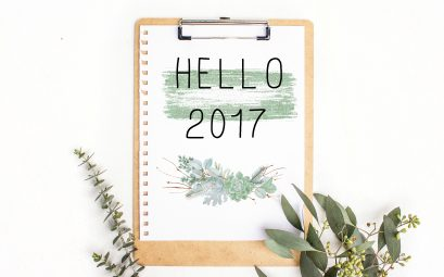 clipboard with hello 2017